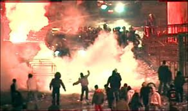 Peking disrupts Hong Kong