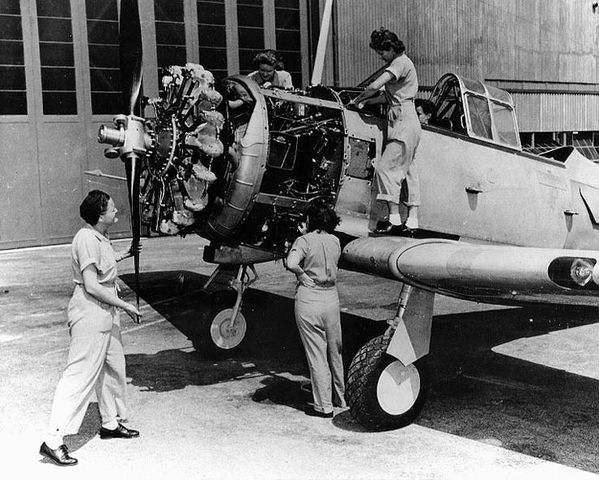 Women in the United States Aircraft Industry