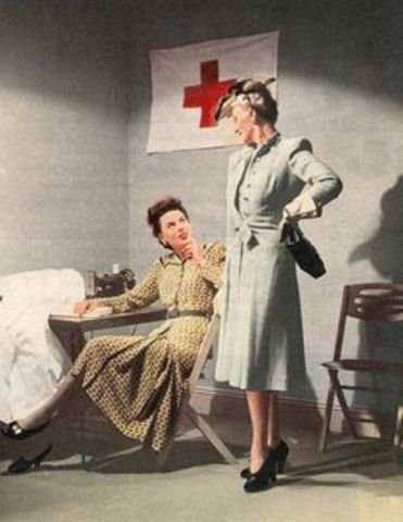 Women Help the Soldiers