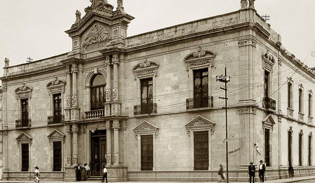 Instituto de Ciencias y Artes