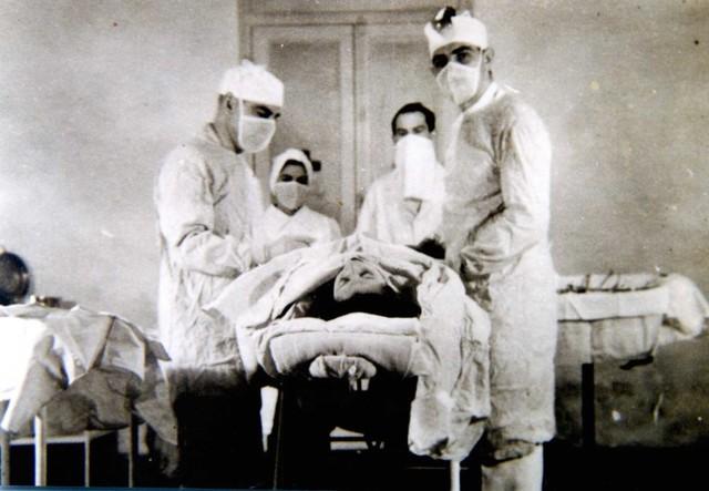 Primera intervención quirúrgica con anestesia.