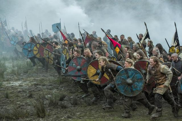 First recorded Viking attac happens in Dorset.