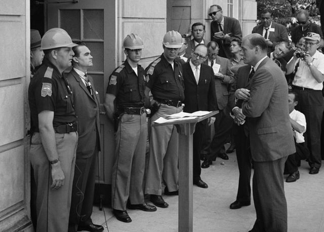 """George Wallace's pro-segregation """"Stand at the Schoolhouse Door"""""""