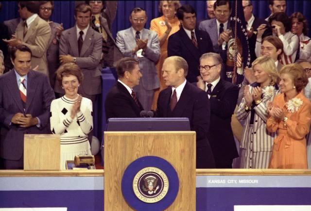 Ford defeats Regan in 1976 primary