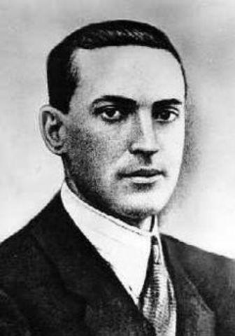 Lev Vigotsy: (1896 – 1934) ), Padre de la teoría sociocultural.1934.