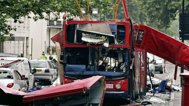A serie of terrorist attacks with bombs in the transport network caused 52 dead and 700  wounded.
