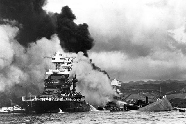 Ataque Japones a la base Estadounidense Peral Harbour