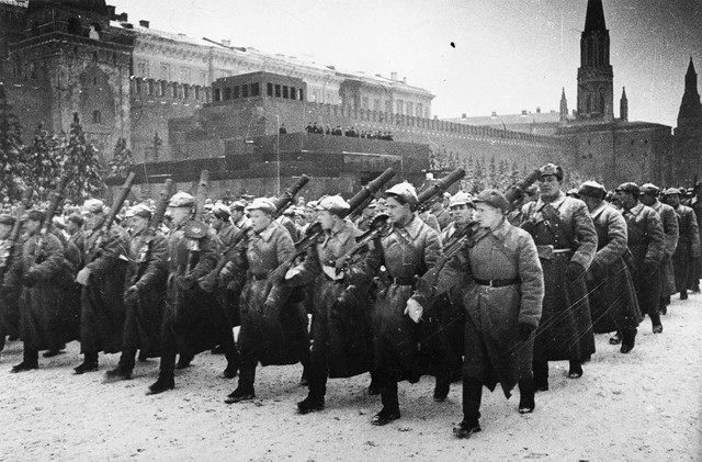 Alemania invade la URSS