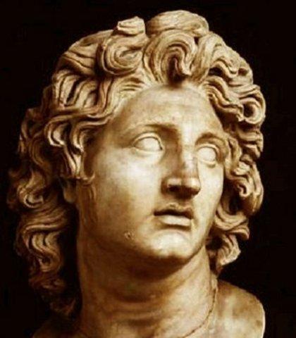Alejandro Magno funda Alejandria