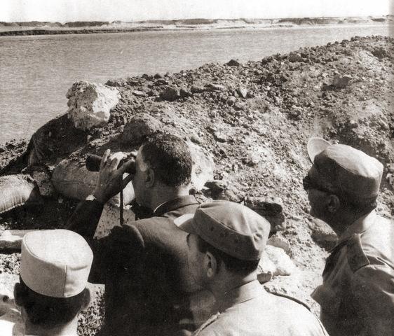 Nasser nationaliserer Suezkanalkompagniet