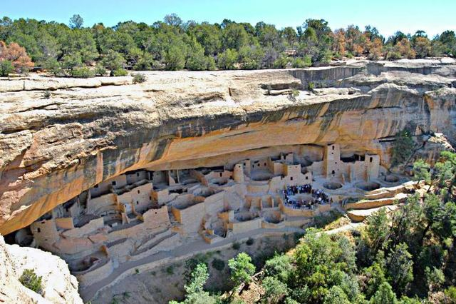 The Ancestral Pueblo peoples live in large complexes of stone dwellings