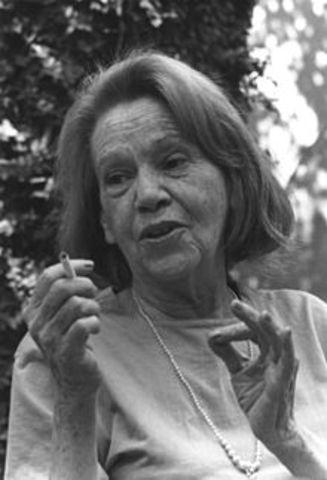 Elena Garró