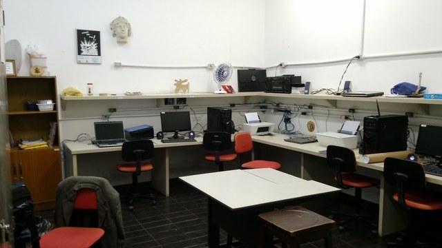 Documento sobre os computadores na escola