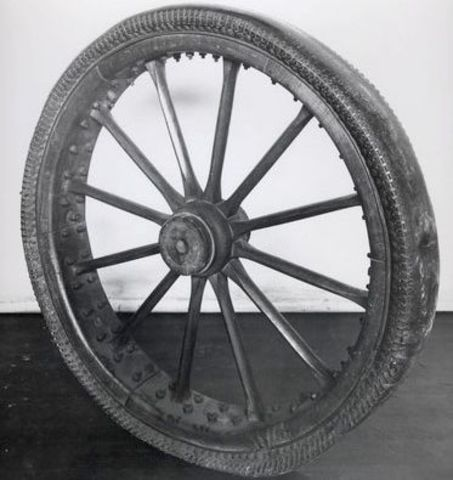 The first pneumatic car tyre invented