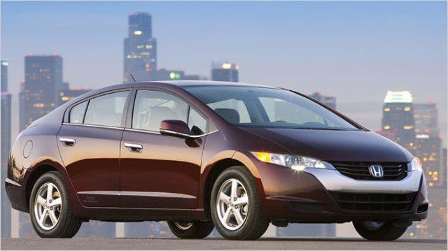 Honda creates first production-ready hydrogen car