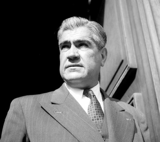 Manuel Rojas, nació en Buenos Aires el año 1896, poeta y novelista argentino.