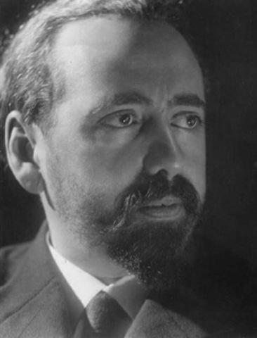 Oliveiro Girondo, nació en Buenos Aires el año 1881, poeta argentino.