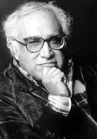 Carlos Monsivàis, nació el 4 de mayo de 1938 en Ciudad de México y falleció el 19 de junio en la misma ciudad. Fue un escritor, cronista y periodista.