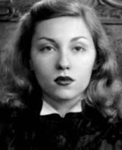 Clarice Lispector, nació en Chechelnik el 10 de diciembre de 1920, y falleció en Rìo de Janeiro el 9 de diciembre de 1977. Fue