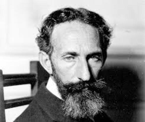 Horacio Silvestre Quiroga Forteza. Nació el 31 de diciembre de 1878 y fallecio en Argentina el 19 de febrero de 1937. Fue cuentista, escritor y poeta.