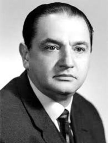 Jorge Icaza, nació el 10 de junio de 1906 en Ecuador, y falleció el 26 de mayo de 1978 en la misma ciudad. Fue actor, dramaturgo y escritor.