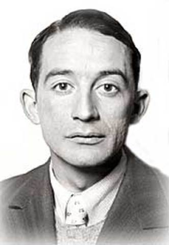 Xavier De Villaurrutia, nació en ciudad de México el año 1903, escritor mexicano.