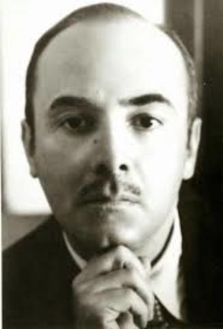 Carlos Pellicer, nació el 16 de enero de 1897 en Villahermosa y falleció el 16 de febrero de 1977 en Ciudad de México. Fue escritor , poeta, museologo, y político.