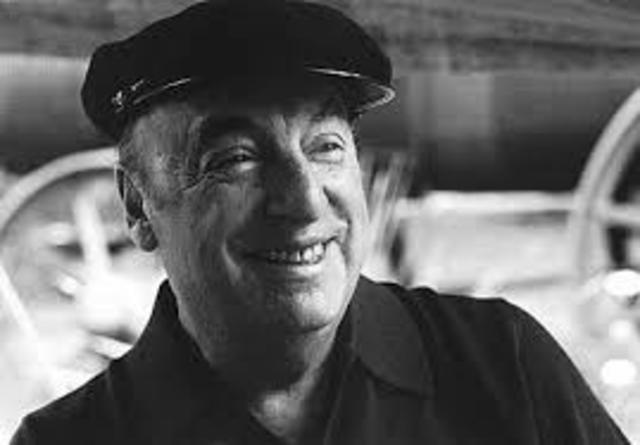 Pablo Neruda, nació el 12 de julio de 1904 en Chile, y falleció el 23 de septiembre de 1973 en Santiago de Chile. Fue poeta, escritor, diplomático, y político.