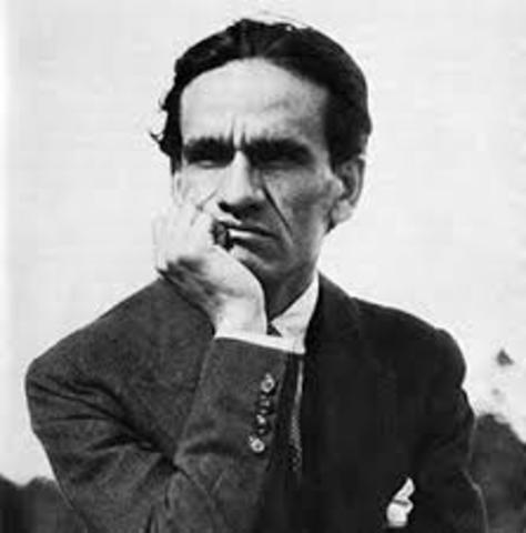Cesar Vallejo, nació el 16 de marzo de 1892 en Perú, y falleció el 15 de abril de 1938 en París. Fue poeta, ensayista, narrador, periodista y educador.
