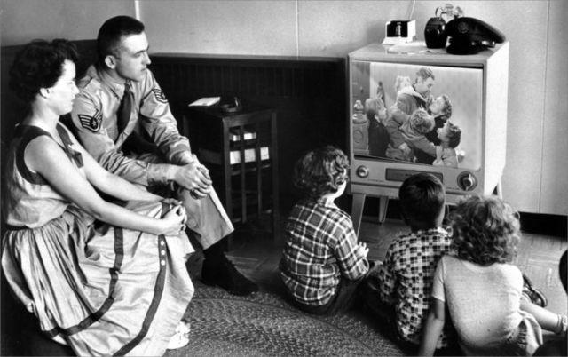 Primera retransmisión de televisión en directo