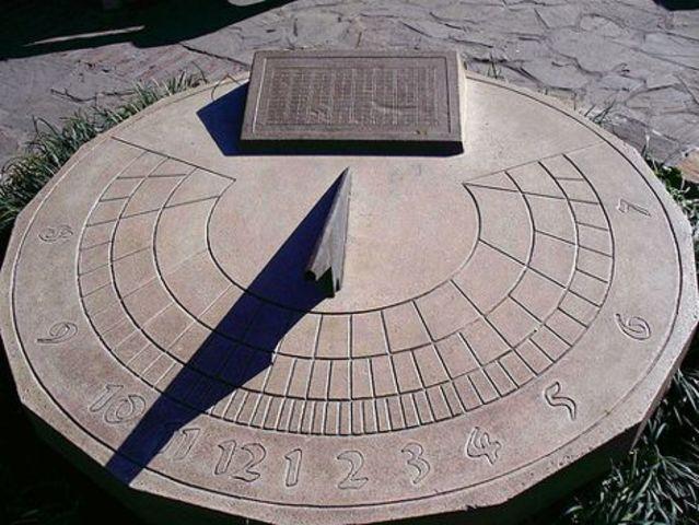 Creación del  Reloj de sol (Egipto.)