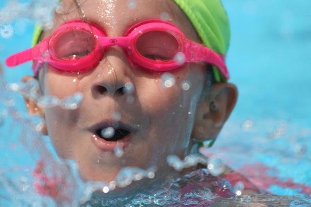 Practiqué natación