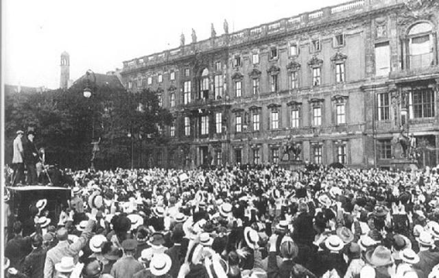 MANIFESTACIONES EN BERLIN