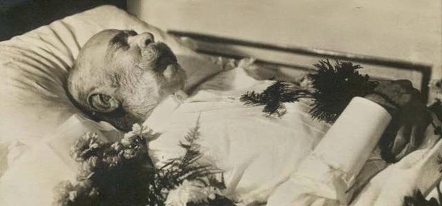 Murió Francisco Jose I.