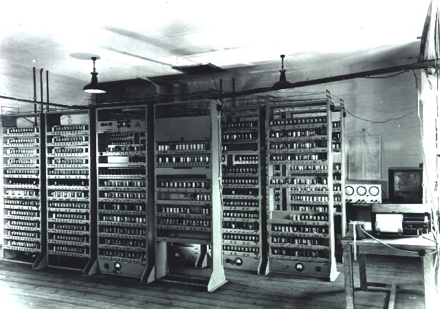 LARGE ELECTRONIC COMPUTERS