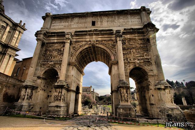 ANTIGÜEDAD CLÁSICA: ROMA (ARCO DE SEPTIMIO SEVERO)