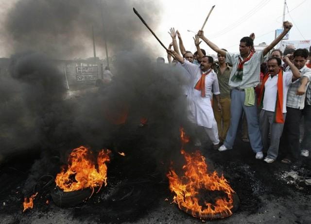 WWII riotsbetween hindus and muslims