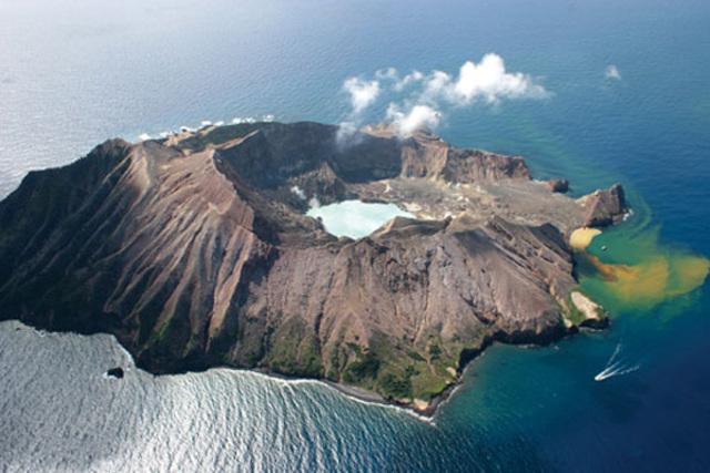 Eruption of Thera volcano