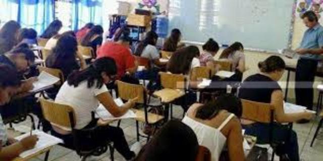 Examen a Escuelas