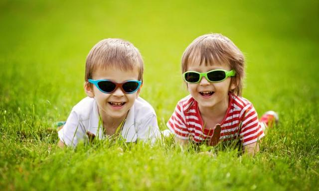 Protecting Your Skin and Eyes in Your Twenties