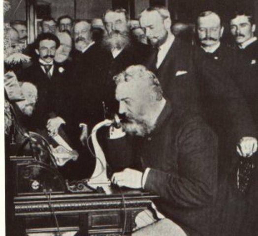 Primer enlace telefónico 1878