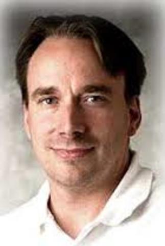 Linus Benedict Torvalds anuncia publicamente  el núcleo Linux.