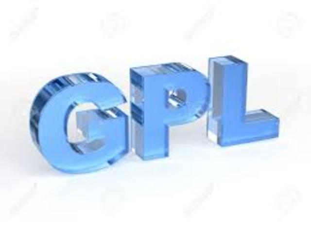 Se escribe la  primera versión de la licencia GNU GPL.