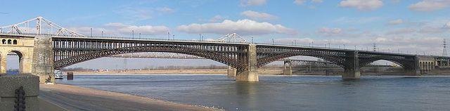 Eads Bridge Successfully Tested