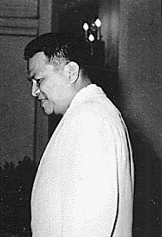 Ramon Magsaysay elected president