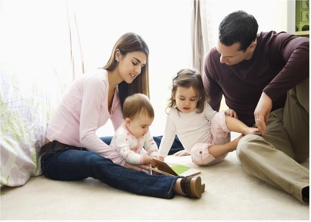 Familia con hijos pequeños