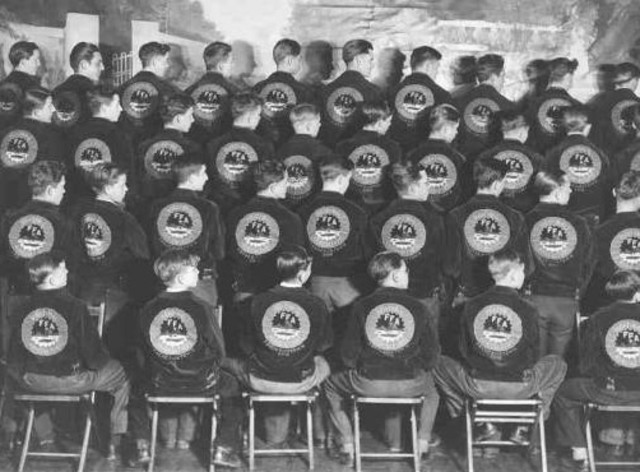 1942 During World War II, when tens of thousands of FFA members served in the armed services.