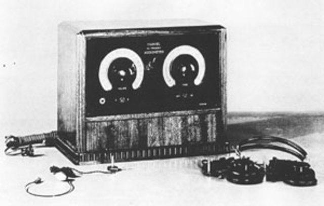 First radio news program is broadcast