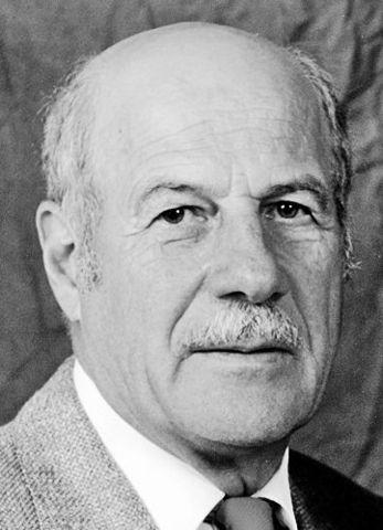 "Robert Gagné (1916-2002) ""La Condiciones del Aprendizaje"""