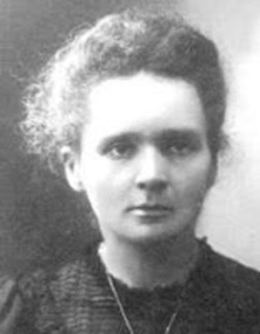 Una mujer rompe el átomo
